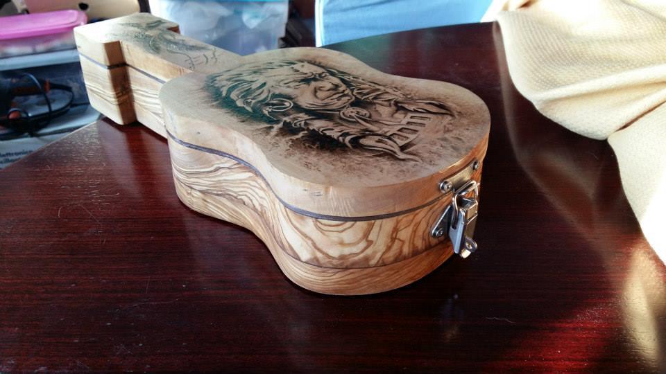 scatolina chitarra in ulivo